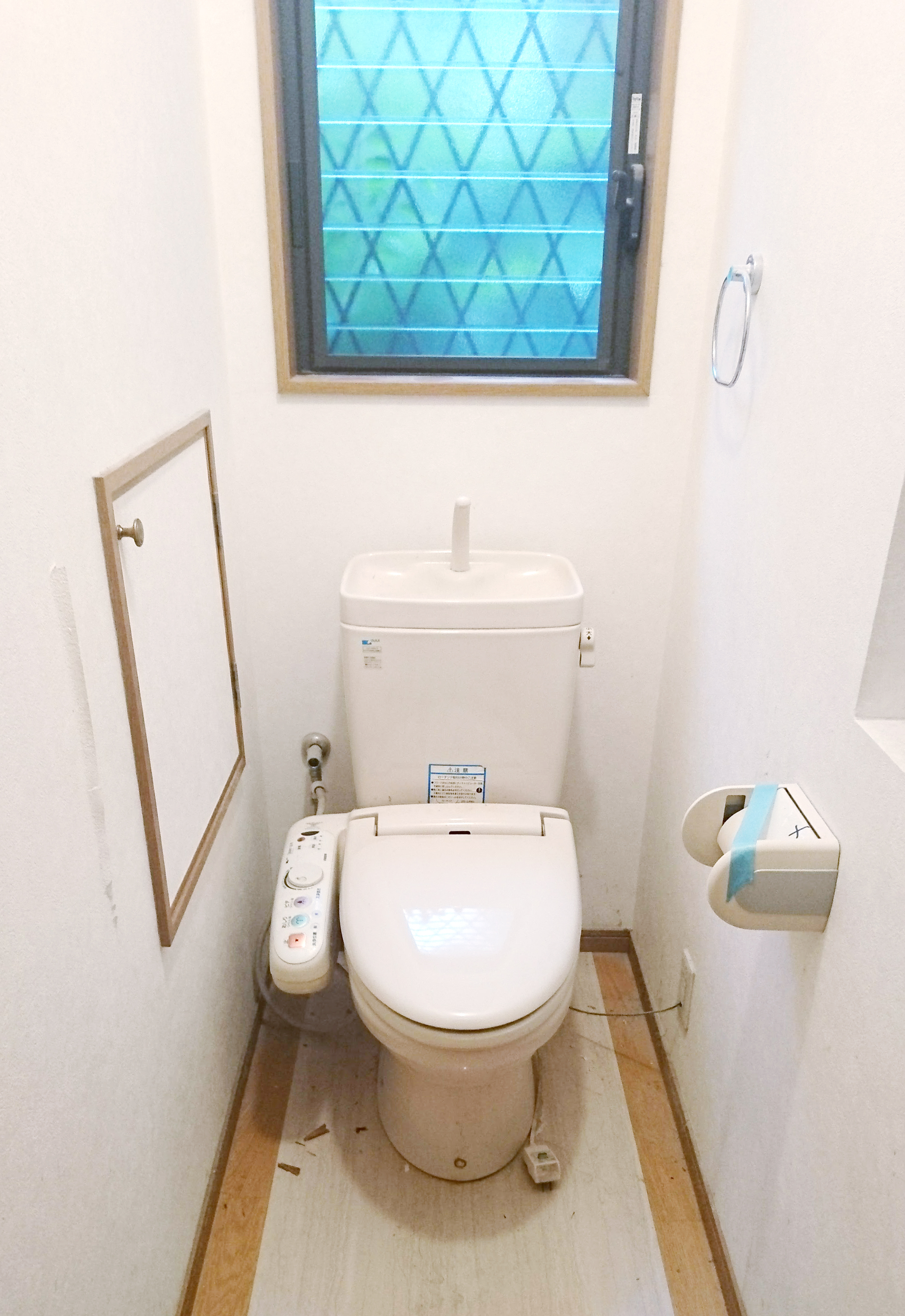 BEFORE04 トイレ